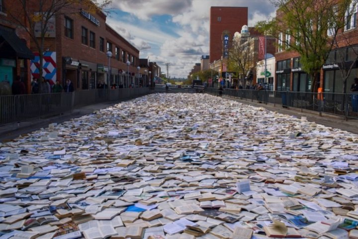 Strada fatta di libri